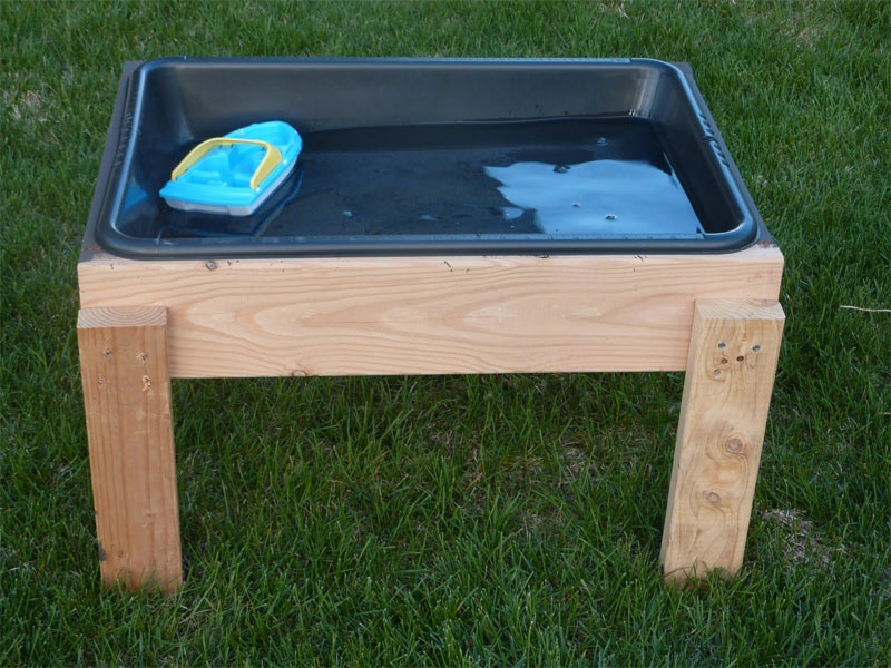 Diy Water Table For Toddlers To Play Shelterness