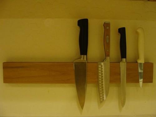 knife rack (via instructables)