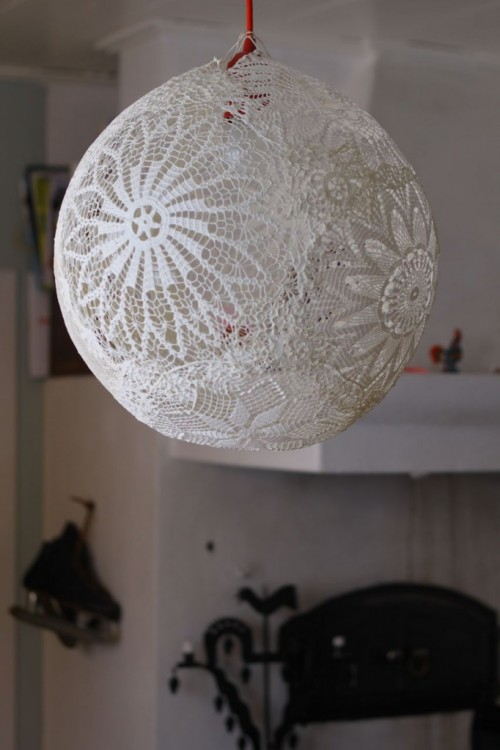 DIY Lace Pendant Lamp
