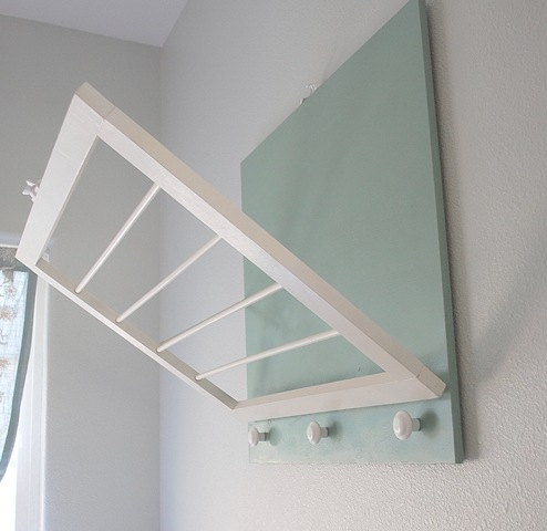 DIY Laundry Drying Wall Rack