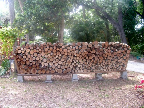 firewood rack (via instructables)