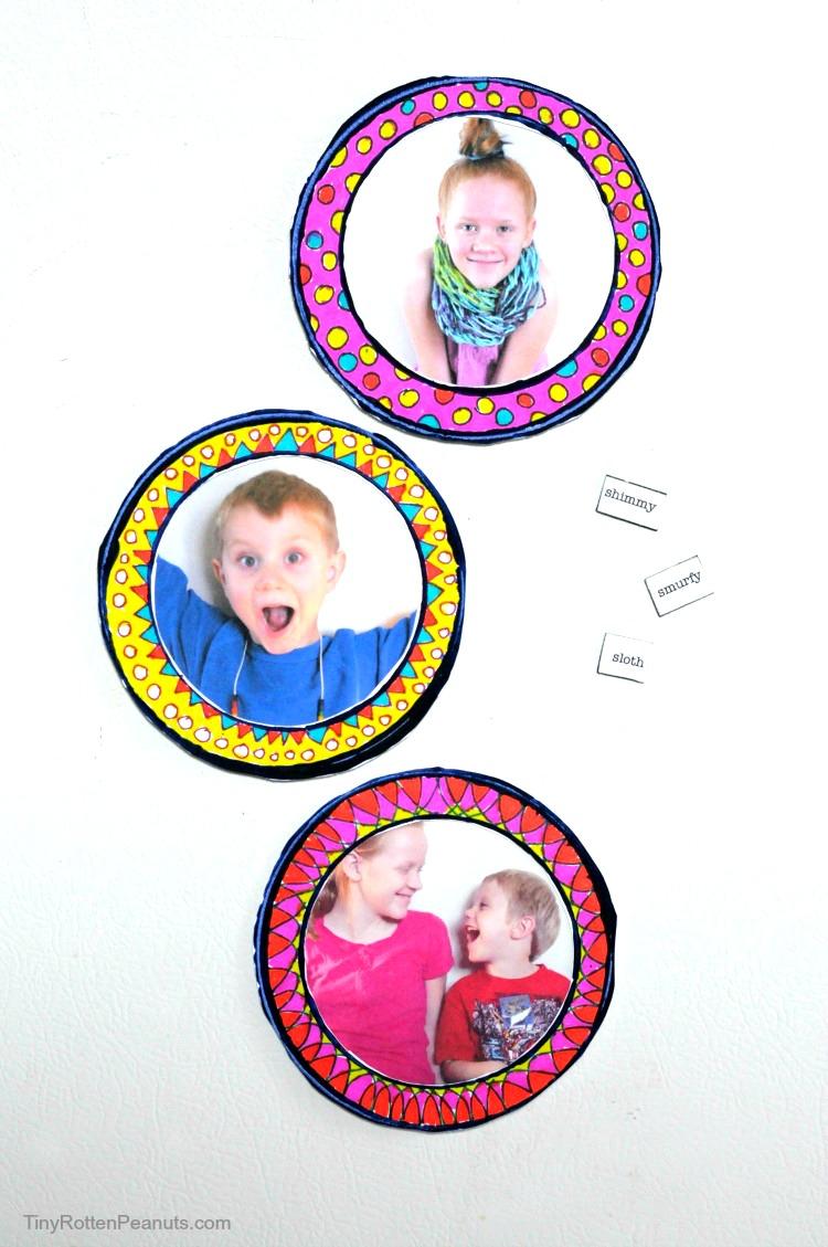DIY Magnetic Photo Frames For Your Fridge