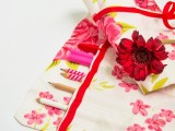 floral brush roll