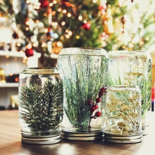 mason jar snow globes (via poppyhaus)