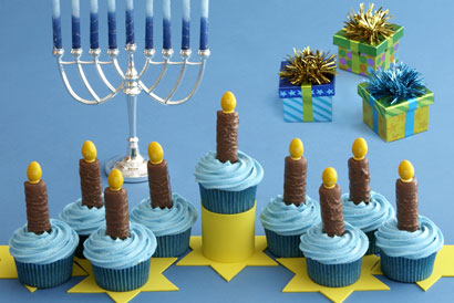 Homemade Menorah Cupcakes