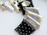 diy-metallic-envelope-card-holders-1