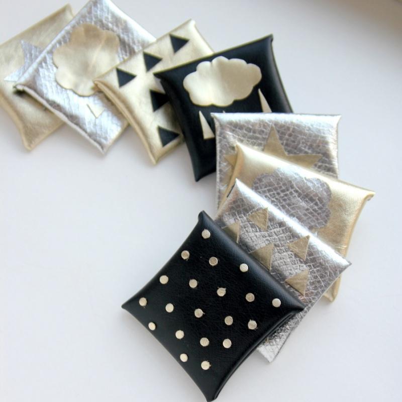 Picture Of diy metallic envelope card holders  1
