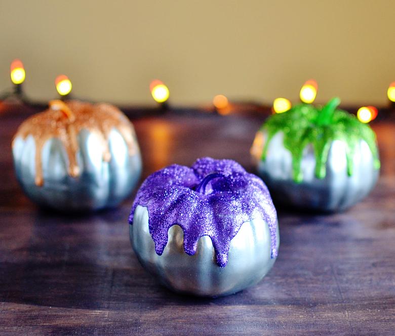 DIY Metallic Glitter Frosted Pumpkins