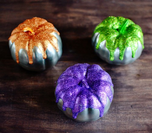DIY Metallic Glitter Frosted Pumpkins