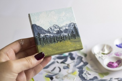 DIY Mini Mountain Paintings For Easy Home Decor