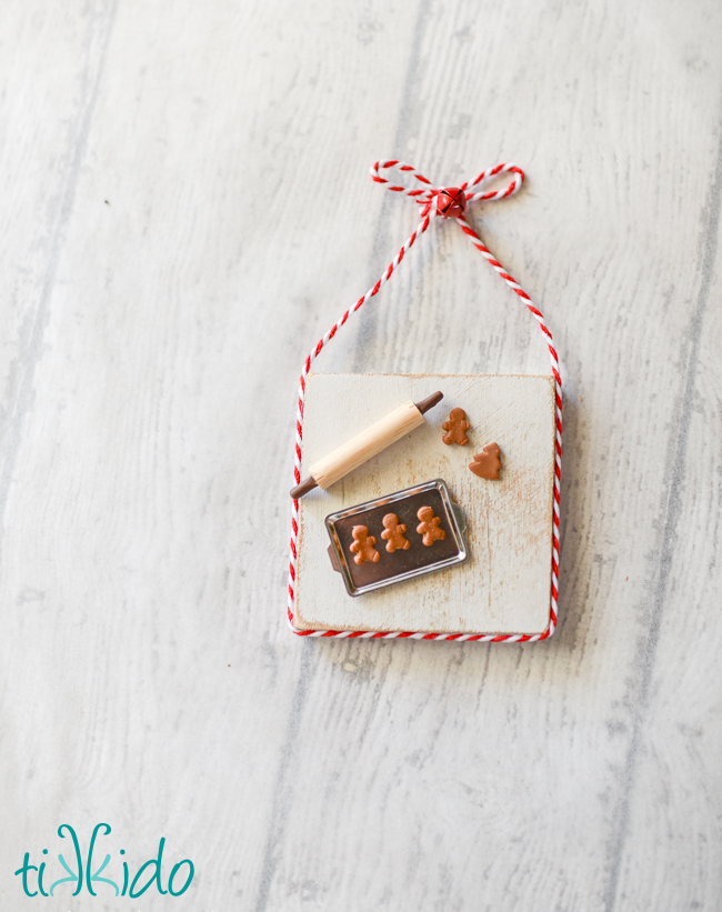 Picture Of diy miniature gingerbread baking christmas ornament  4