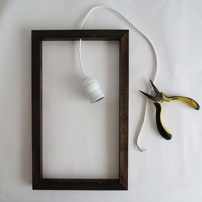 Picture Of diy minimal frame pendant lamp  5