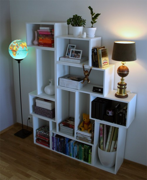 Diy modern and practical shelf system shelterness for Diy modern bookshelf