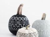 diy-mud-cloth-pattern-pumpkins-4