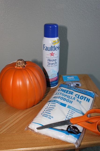 Diy Mummy Pumpkins For Halloween Decor
