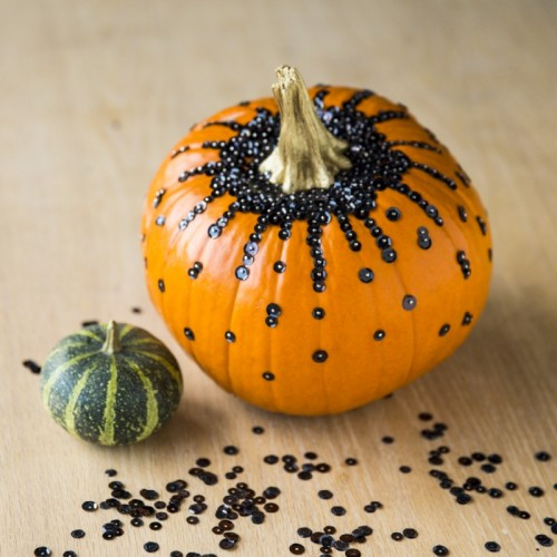 sequined pumpkins (via https:)