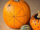 wire web pumpkins