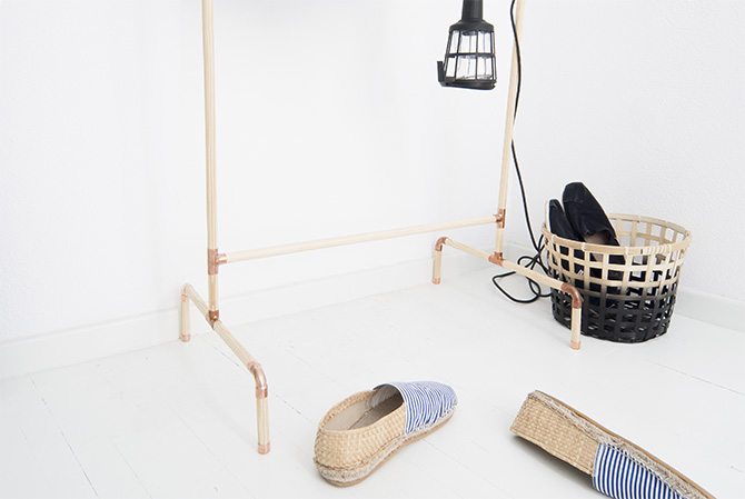 Picture Of diy nordic inspired wood and copper clothing rack  4