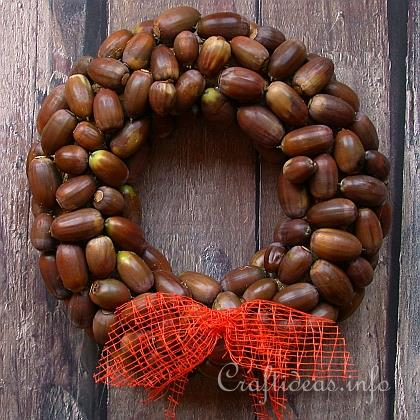 9 Diy Nut And Acorn Wreaths For Fall And Thanksgiving
