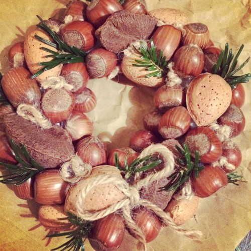 nut wreath (via honeyanddough)