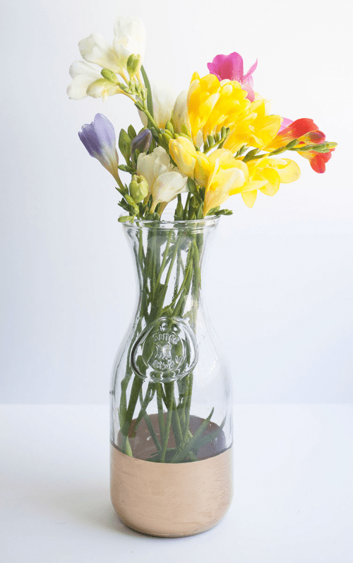 Diy One Step Gold Leaf Vase Shelterness