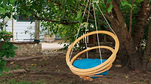 8 DIY Outdoor And Indoor Hanging Chairs