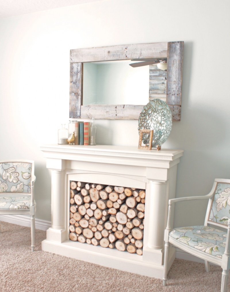DIY Pallet Wall Mirror | Shelterness