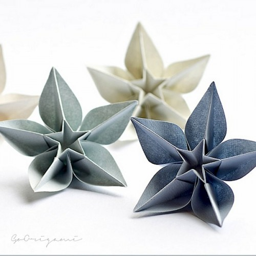 DIY Origami Ornaments (via wabisabi-style)