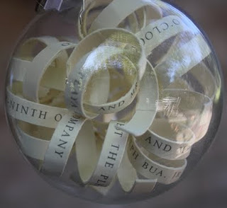 Handmade Paper Curl Ornaments (via christyrobbins)