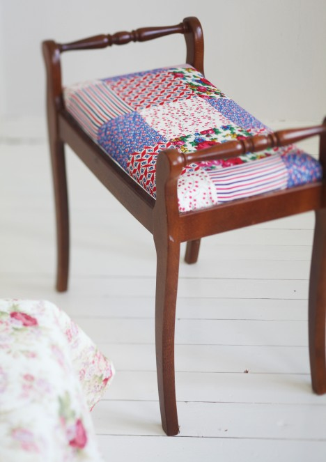 8 DIY Patchwork Stools And Chairs You Can Easily Make