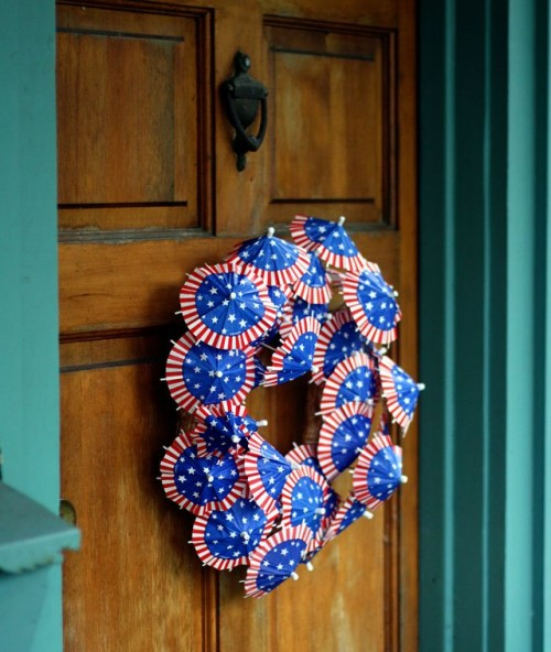 DIY Patriotic Wreath With Cocktail Umbrellas
