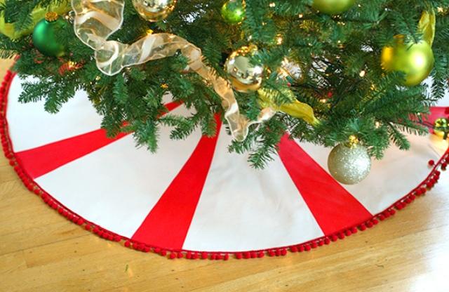 DIY Peppermint Candy Tree Skirt