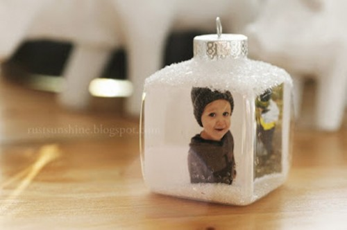 DIY Photo Cubes For Your Christmas Tree