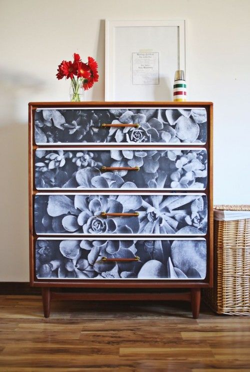 Diy photo decoupage renovation of an old sideboard How to renovate old furniture
