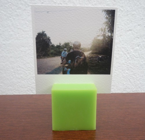 candle photo stands (via shelterness)