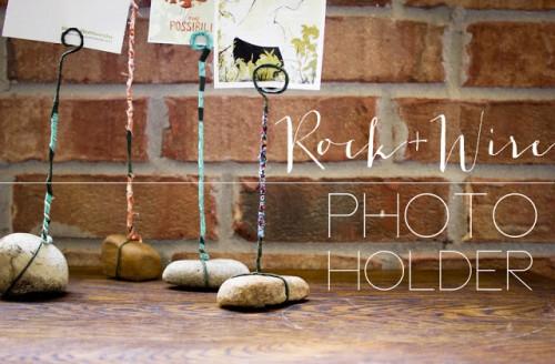 rock and wire photo holders (via hellohydrangea)