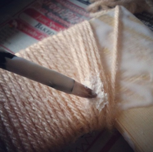 Diy Photo Frame Covered With Yarn