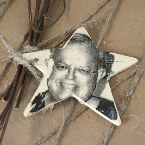 star-shaped photo gift tags (via dreamalittlebigger)