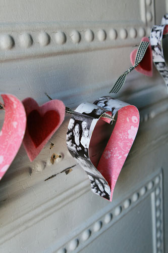 DIY Photo Heart Garland (via scrappergirl)