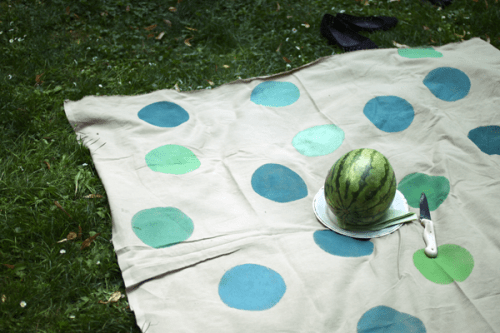 15 DIY Picnic And Beach Blankets For Relaxing Outdoors ...