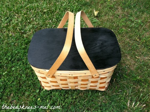 chalkboard picnic basket (via thebeesknees-mel)