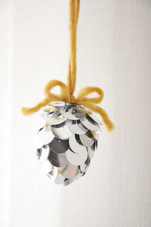 sequin pinecone ornaments (via skunkboyblog)
