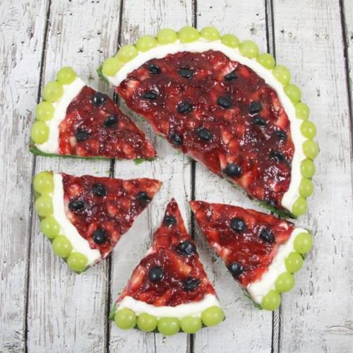 fruit pizza (via handmadecharlotte)