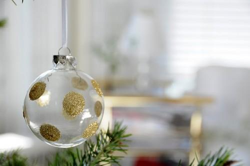 DIY Polka Dot Glitter Ornaments