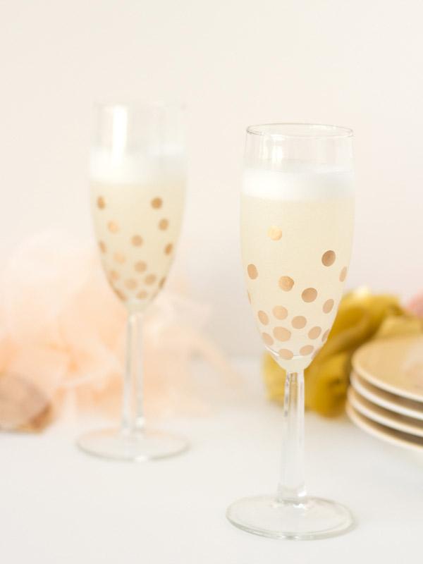 polka dot champagne glasses