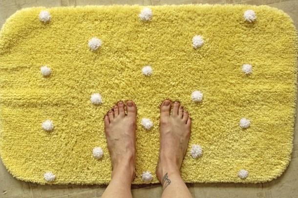 pompom bath rug