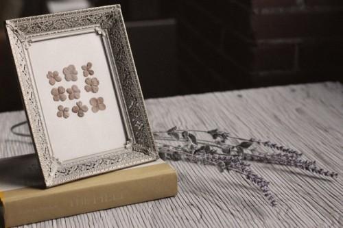 Diy Pressed Flowers In A Frame