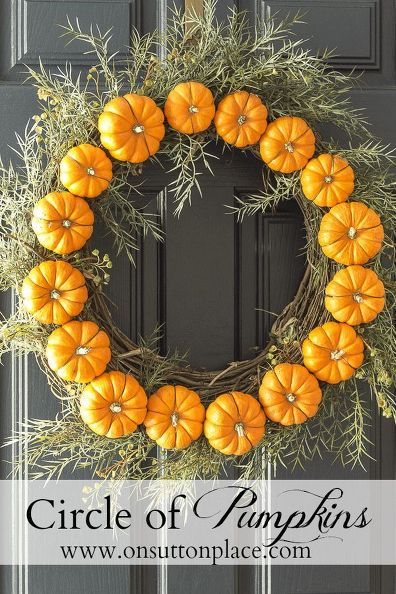pumpkin and grapevine wreath (via hometalk)