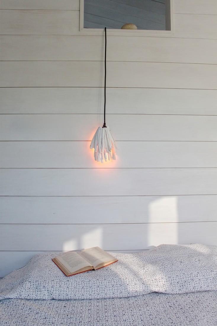 Diy Raxor Clam Pendant Light For Beachy Decor