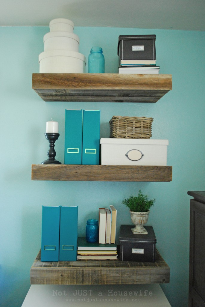 DIY Reclaimed Wood Floating Shelves